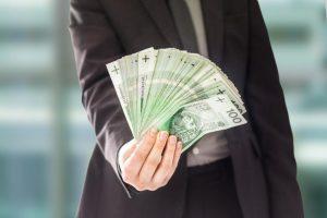 Czym różnią się chwilówki od pożyczek ratalnych?