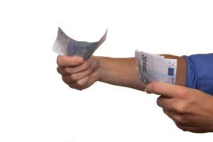 Pożyczki prywatne i społecznościowe to ciekawa alternatywa dla kredytów bankowych.